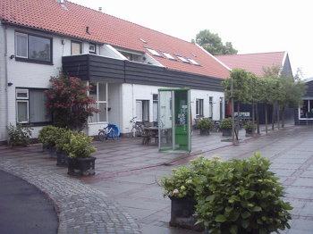 Aussenansicht vom Gruppenhaus 03313007 Gruppenhaus VEERHOEVE-BORDERIJ in Niederlande NL-4471 WOLPHAARTSDIJK für Gruppenfreizeiten