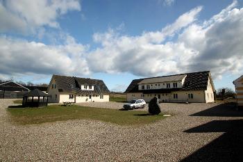 Aussenansicht vom Gruppenhaus 03453000 ÅBÆK Efterskole in Dänemark 6200 Aabenraa für Gruppenfreizeiten