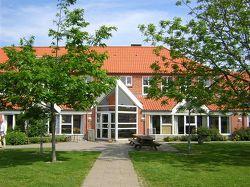 Weitere Aussenansicht vom Gruppenhaus 03453023 HOBRO EFTERSKOLE in Dänemark DK-9500 HOBRO für Gruppenreisen