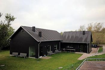 Aussenansicht vom Gruppenhaus 03453059 Selbstversorgerhaus Naltanglejren in Dänemark 6200 AABENRAA für Gruppenfreizeiten