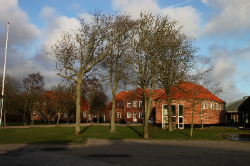 Weitere Aussenansicht vom Gruppenhaus 03453093 Vostrup Efterskole in Dänemark 6880 TARM, VOSTRUP für Gruppenreisen
