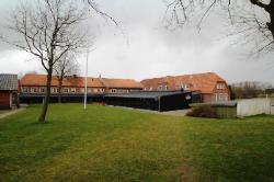 Weitere Aussenansicht vom Gruppenhaus 03453173 KONGEÅDALENS EFTERSKOLE in Dänemark DK-6660 LINTRUP für Gruppenreisen