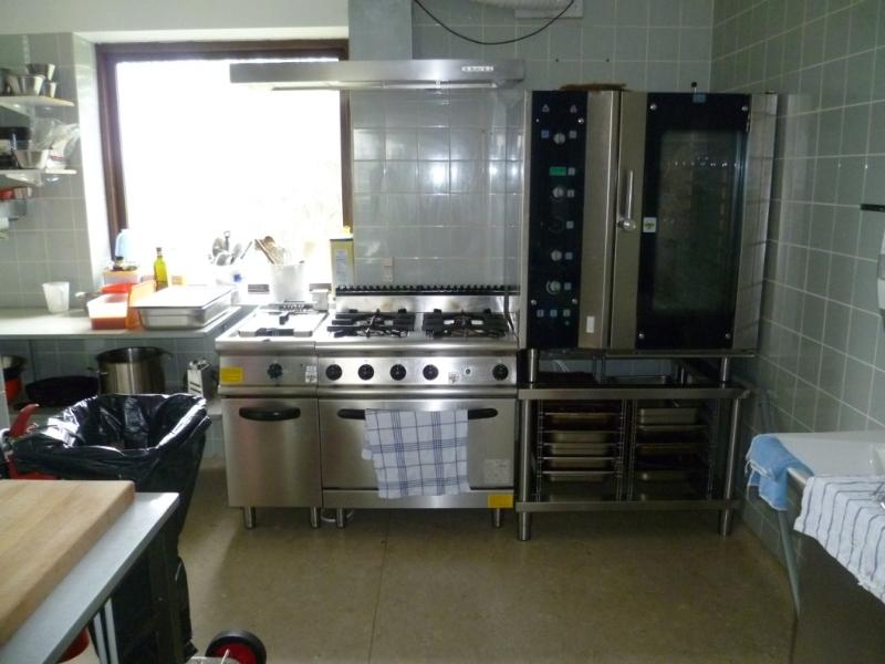 Küche von der Gruppenunterkunft 03453230 Kursuscenter HO LEJRSKOLE in Dänemark 6857 Blavand für Jugendfreizeiten