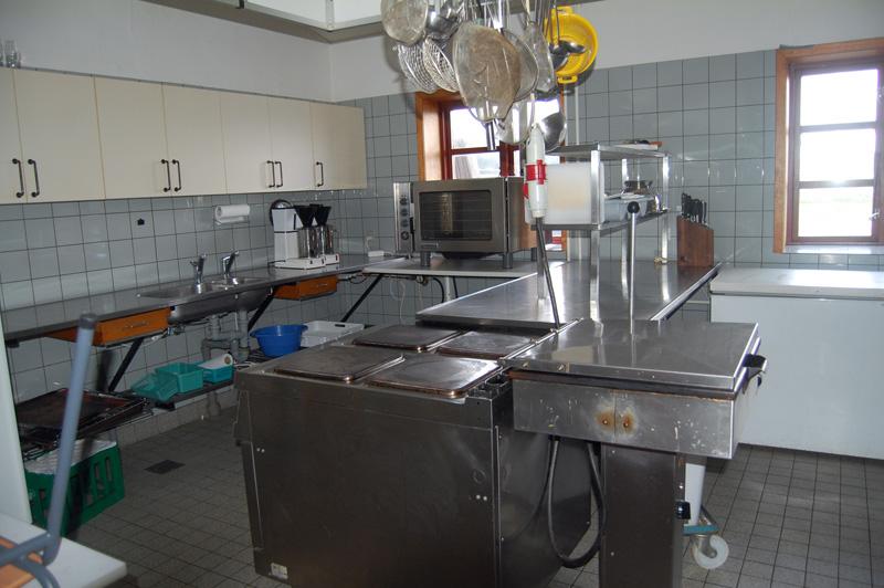 Küche von der Gruppenunterkunft 03453426 Gruppenhaus LIEN in Dänemark 9500 Blokhus für Jugendfreizeiten