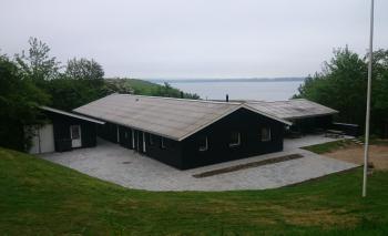 Aussenansicht vom Gruppenhaus 03453438 Gruppenunterkunft  BJERGBO in Dänemark 7750 Snedsted für Gruppenfreizeiten