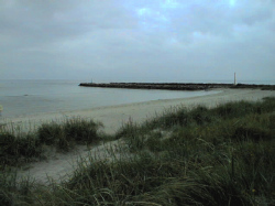 Nächste Bademöglichkeit vom Gruppenhaus 03453448 Ferienhaus STRANDGÅRDEN in Dänemark 9370 HALS für Kinderfreizeiten
