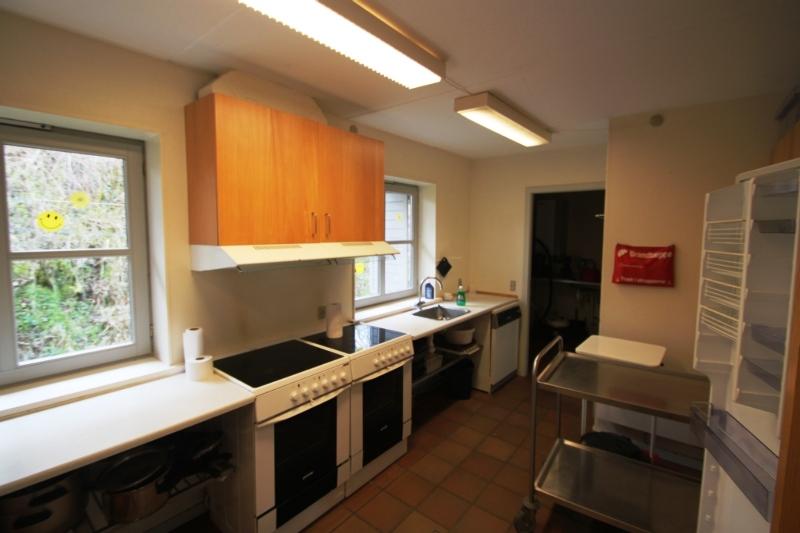 Küche von der Gruppenunterkunft 03453703 Gruppenhaus MØNTERVANG in Dänemark 6200 Aabenraa für Jugendfreizeiten