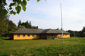 Aussenansicht vom Gruppenhaus 03453704 Gruppenhaus LAERKEREDEN in Dänemark 8500 Grenaa für Gruppenfreizeiten