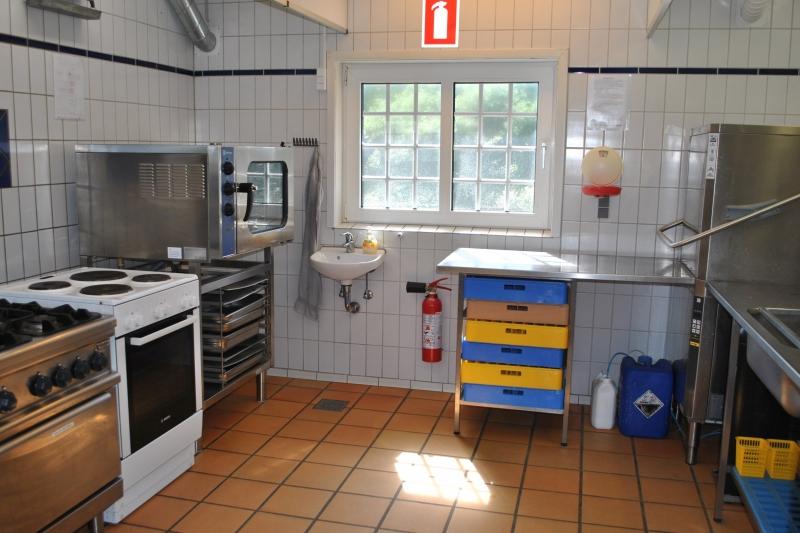 Küche von der Gruppenunterkunft 03453825 KLK-Gruppenhaus - SANDSGÅRD in Dänemark 9492 Blokhus für Jugendfreizeiten