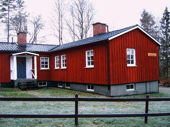 Aussenansicht vom Gruppenhaus 04464060 Gruppenhaus GENGENEGARDEN in Schweden S- GLAVA für Gruppenfreizeiten