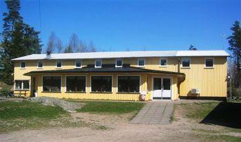 Aussenansicht vom Gruppenhaus 04464172 Gruppenhaus RADDEHULT in Schweden S-50494 Boras für Gruppenfreizeiten