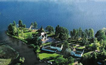 Aussenansicht vom Gruppenhaus 04464180 Freizeitanlage Solviken in Schweden S SOLVIKEN für Gruppenfreizeiten