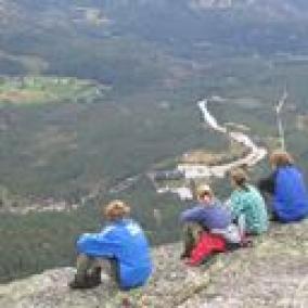 Aussenansicht vom Gruppenhaus 04474040 Wildniscamp Tverstoyl in Norwegen N-4865 Åmli-Südnorwegen für Gruppenfreizeiten