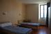 1. Schlafzimmer Gruppenhaus POULLAN SUR MER