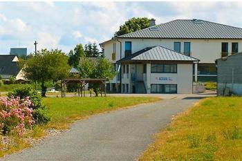 Aussenansicht vom Gruppenhaus 05335245 Gruppenunterkunft MORLAIX in Frankreich F-29600 Morlaix für Gruppenfreizeiten