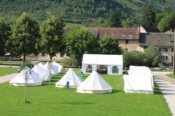 Aussenansicht vom Gruppenhaus 05335311 Campingplatz VUILLAFANS I in Frankreich F-25840 Vuillafans für Gruppenfreizeiten