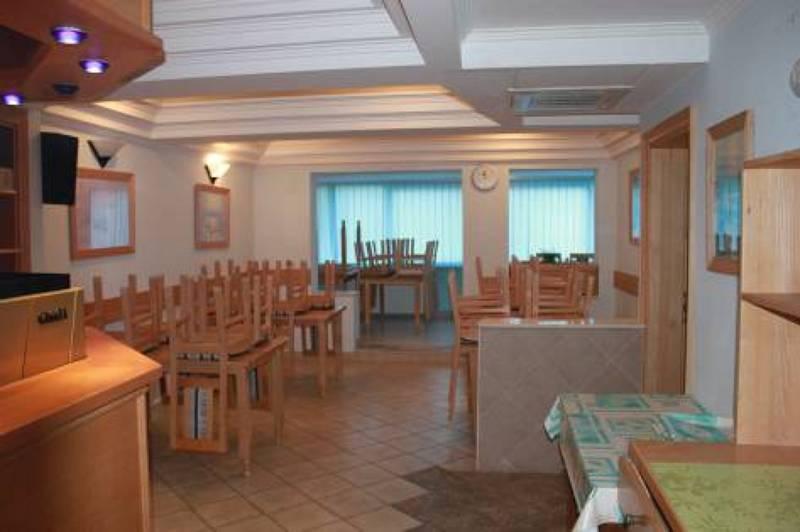 Aussenansicht von der Gruppenunterkunft 05375387 Ehemaliges Hotel LAV in Bosnien-Herzegovina BIH-88390 Neum für Jugendfreizeiten
