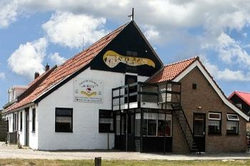 Aussenansicht vom Gruppenhaus 07317008 Gruppenhaus HOLLUM in Niederlande 9161 Hollum für Gruppenfreizeiten