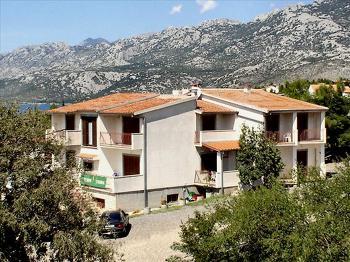 Aussenansicht vom Gruppenhaus 07387725 Gruppenhaus ROVANJSKA in Kroatien HR Zadar für Gruppenfreizeiten