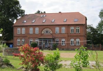 Aussenansicht vom Gruppenhaus 07497059 Gruppenhaus MEETZEN in Deutschland 19205 Meetzen für Gruppenfreizeiten