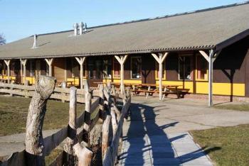 Aussenansicht vom Gruppenhaus 03313372 Den Hoorn, Gebäude II rechts in Niederlande 1797 AW Den Hoorn  für Gruppenfreizeiten