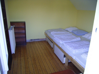 10. Schlafzimmer