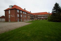 Weitere Aussenansicht vom Gruppenhaus 03453468 Højer Efterskole in Dänemark 6280 Højer für Gruppenreisen