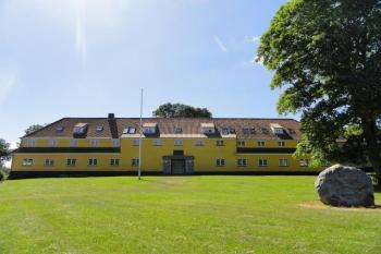 Aussenansicht vom Gruppenhaus 03453086 EPOS Efterskole in Dänemark 6440 Augustenborg für Gruppenfreizeiten