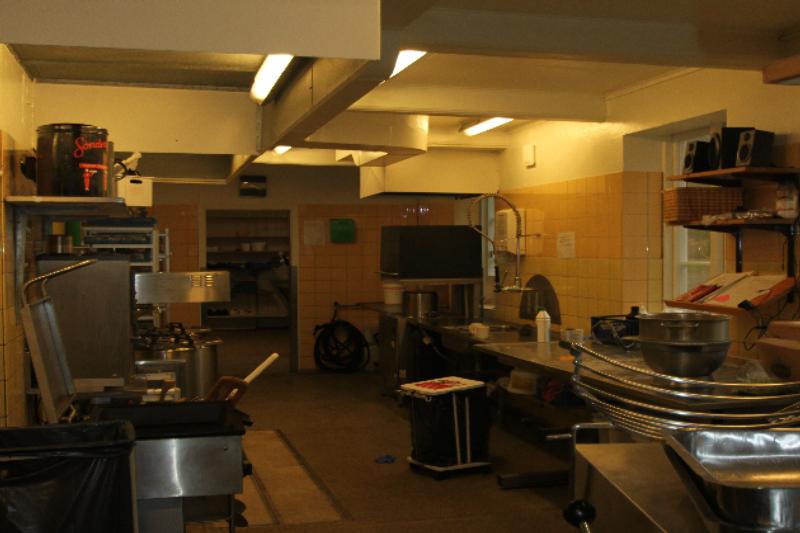 Küche von der Gruppenunterkunft 03453086 EPOS Efterskole in Dänemark 6440 Augustenborg für Jugendfreizeiten
