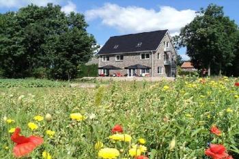 Aussenansicht vom Gruppenhaus 00310831 Ferienhaus Flevoland in Niederlande 8308 PK Nagele für Gruppenfreizeiten