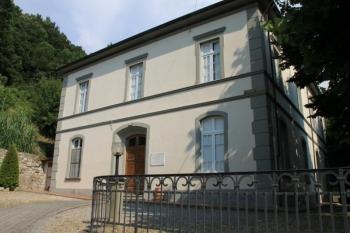 Aussenansicht vom Gruppenhaus 05395539 Castellina in Italien I-56040 Castellina Marittima für Gruppenfreizeiten