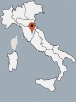 Aussenansicht vom Gruppenhaus 09399001 Gruppenhaus CASA CHIANA in Italien am Trasimenische See I-52048 Monte San Savino (AR) für Gruppenfreizeiten