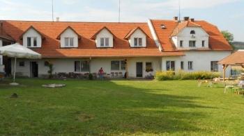 Aussenansicht vom Gruppenhaus 05425002 Gruppenhaus PILSEN-BÖHMEN in Tschechien 30100 Pilsen-Böhmen für Gruppenfreizeiten