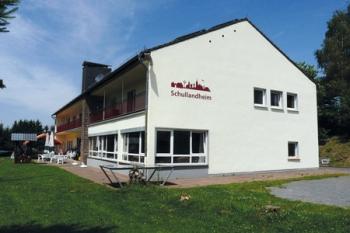 Aussenansicht vom Gruppenhaus 04494050 Schullandheim Müllenborn in Deutschland 54568 Gerolstein-Müllenborn für Gruppenfreizeiten