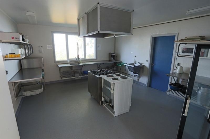 Küche von der Gruppenunterkunft 03453818 KLK-Gruppenhaus - SKOVHYTTEN in Dänemark 5610 Assens für Jugendfreizeiten