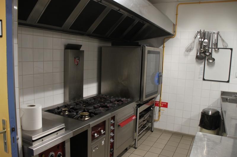Wunderbar Gewerbeküche Verzeichnis Zeitgenössisch - Kücheninsel ...