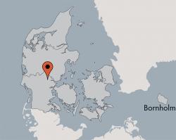 Aussenansicht vom Gruppenhaus 03453903 BALLE Efterskole in Dänemark 7182  Bredsten für Gruppenfreizeiten
