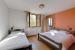 1. Schlafzimmer GRUPPENHAUS GENESTELLE