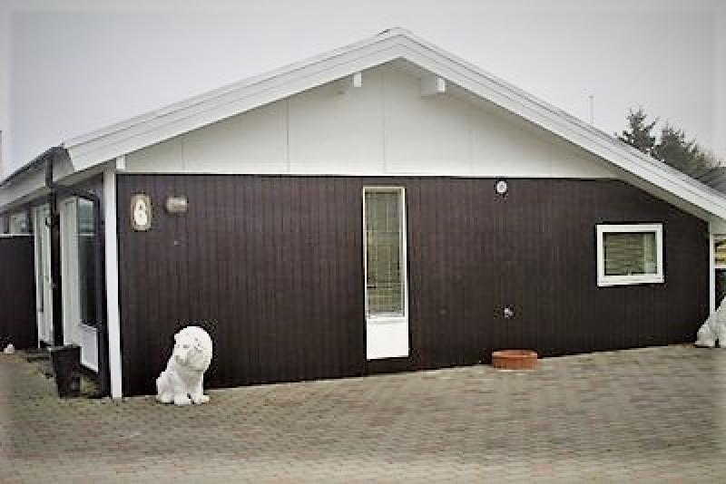 Aussenansicht von der Gruppenunterkunft 03453479 Gruppenhaus BLOKHUSCENTER in Dänemark 9492 Blokhus für Jugendfreizeiten