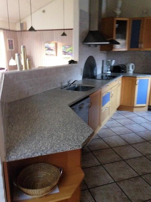 Küche von der Gruppenunterkunft 03453479 Gruppenhaus BLOKHUSCENTER in Dänemark 9492 Blokhus für Jugendfreizeiten