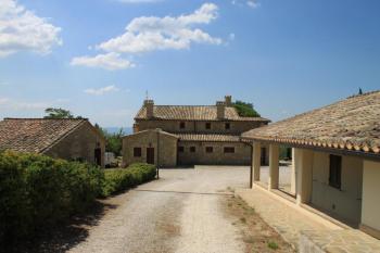 Aussenansicht vom Gruppenhaus 05395444 Borgo San Fortunato in Dänemark 06081 Assisi für Gruppenfreizeiten
