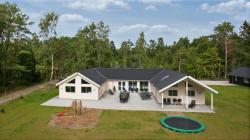 Weitere Aussenansicht vom Gruppenhaus 03453858 Liseleje Poolhuse in Dänemark 3300 Frederiksvaerk für Gruppenreisen