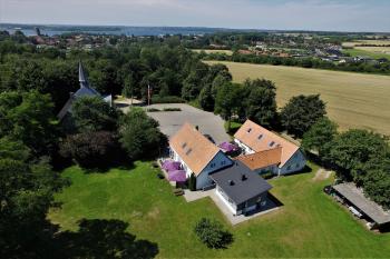 Aussenansicht vom Gruppenhaus 03453185 Sundeved Centret in Dänemark 6400  Soenderborg für Gruppenfreizeiten